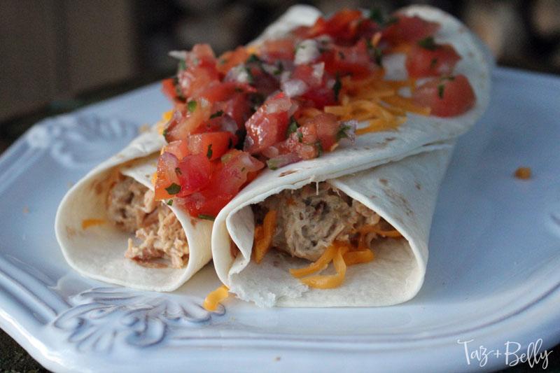 Crockpot Chicken Enchiladas | tazandbelly.com