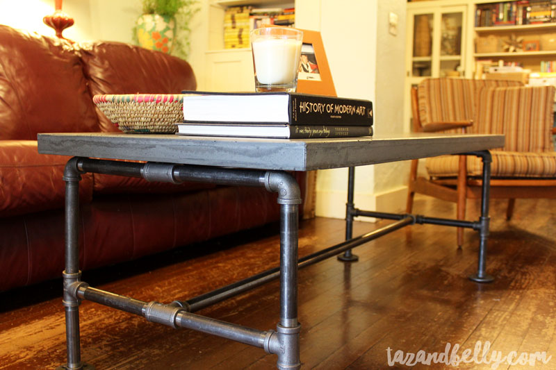 Superieur DIY Concrete Coffee Table | Tazandbelly.com