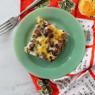 Whole30 Hashbrown Breakfast Casserole | tazandbelly.com