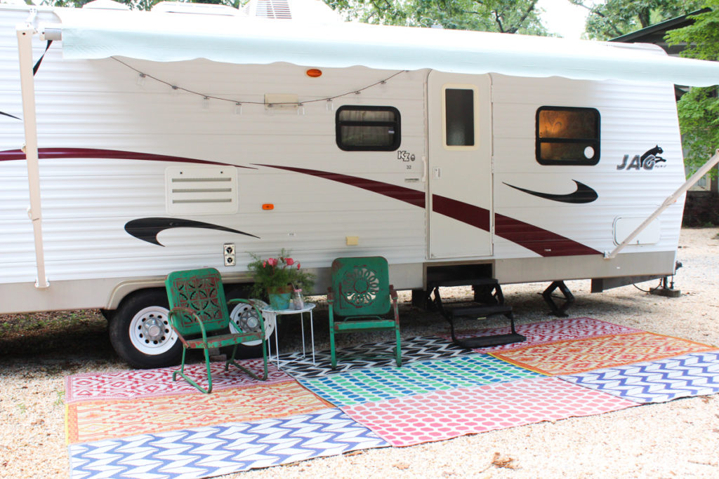Meet Opal: Finished Camper Reveal | tazandbelly.com