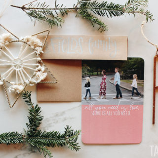 Christmas Cards + Family Photos | tazandbelly.com